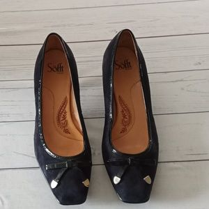 Sofft navy blue leather suede pumps size 9 1/2  W
